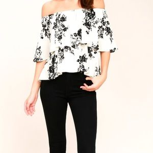 Lulu's Heron Heights Black/Cream Print Top